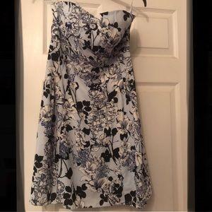 Xpress Dress. Size 6